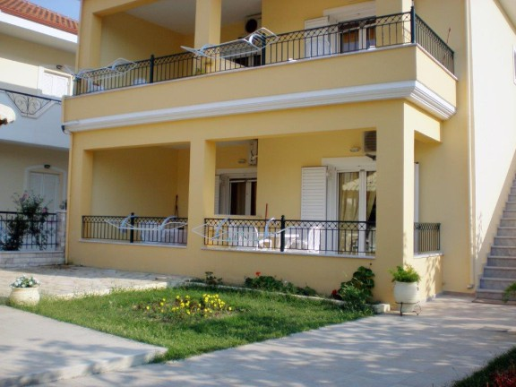 Vila Elva Amudia Galileo Tours