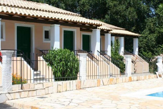 Galileo Tours Vila Platania Dasia
