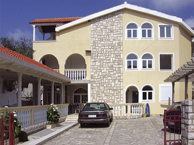 Vila Tamburic Becici Galileo tours