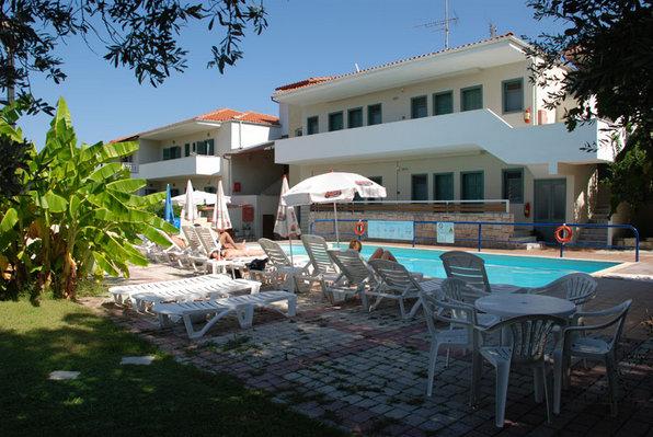 Apart hotel Aristidis Polihrono leto Galileo tours