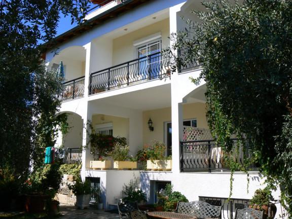 Galileo Tours Vila Effis Garden Limenas
