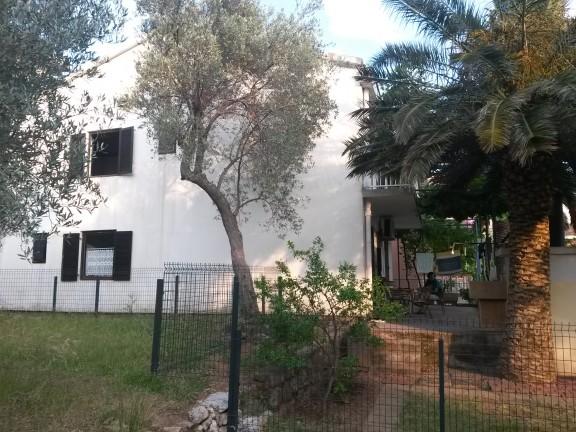 Vila Abramovic Becici Galileo tours
