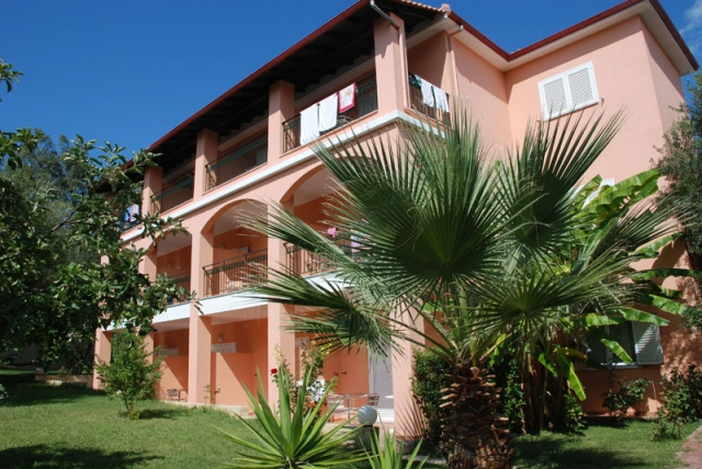 Galileo Tours Vila Aloni Palace - Pefkohori