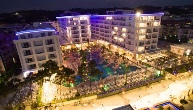 Hotel Grand Blue Fafa Resort 5* Letovanje Drač Albanija Galileo Tours